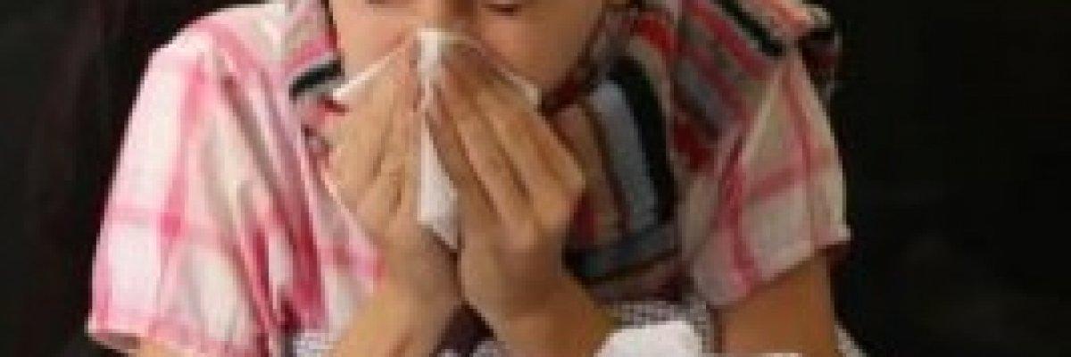 Hasonló tünetek, két különböző betegség. Allergia, vagy nátha?