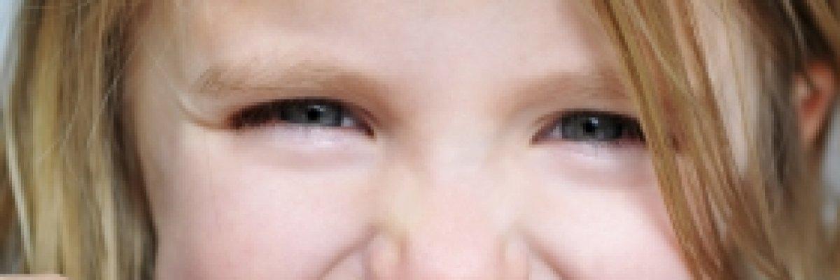 A gyermekkori fogromlást reflux is okozhatja