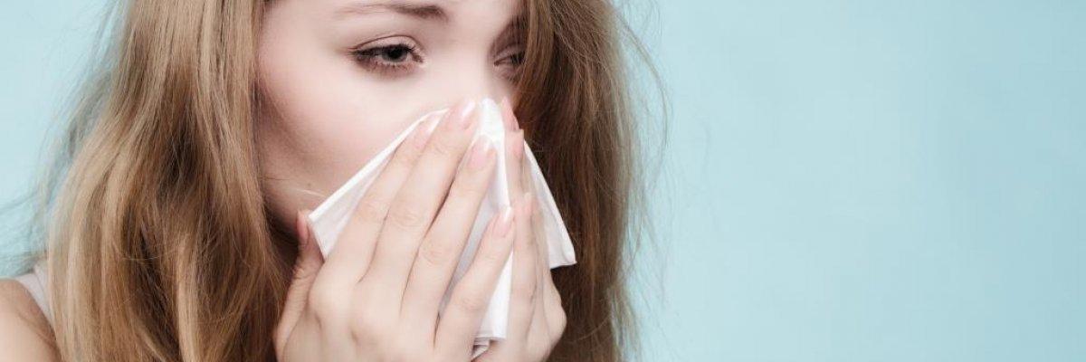 Allergiás tüneteim vannak, vagy a klíma miatt megfáztam?
