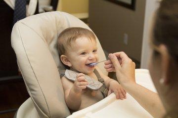 Ekcéma csecsemőkorban: hogyan kezdjük a hozzátáplálást?