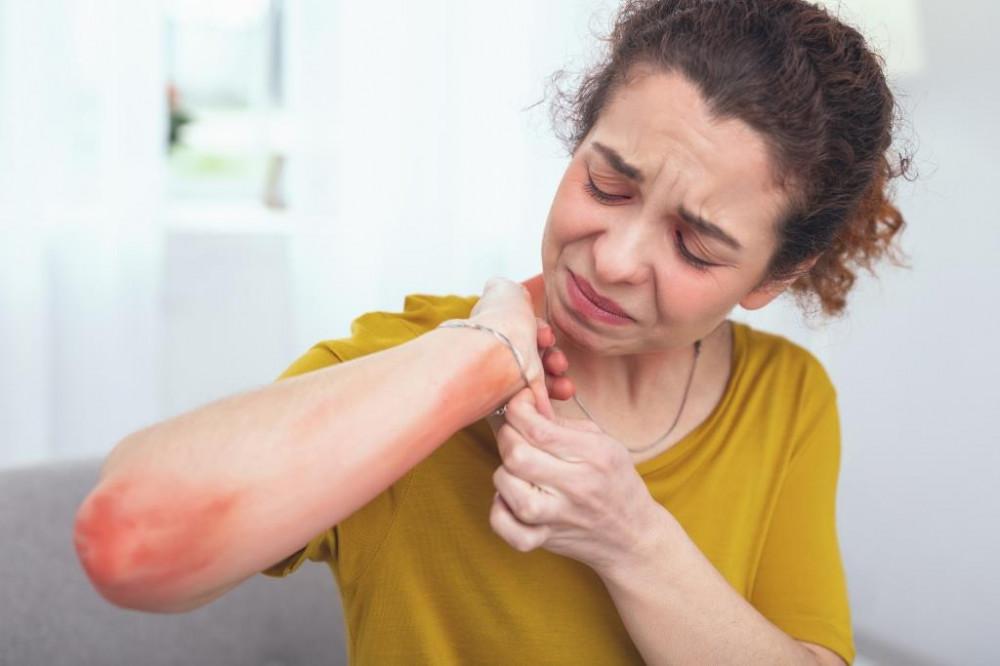 pikkelysömör kezelése uv- 311 vörös foltok a sertések bőrén milyen betegség